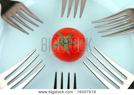 tomato and forks
