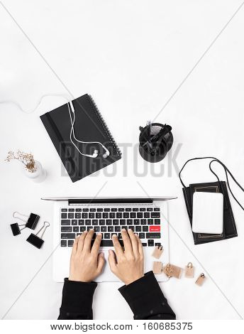 Online shopping concept. Online shopping keyboard with miniature of reusable grocery bags. Highlighted red BUY NOW key.