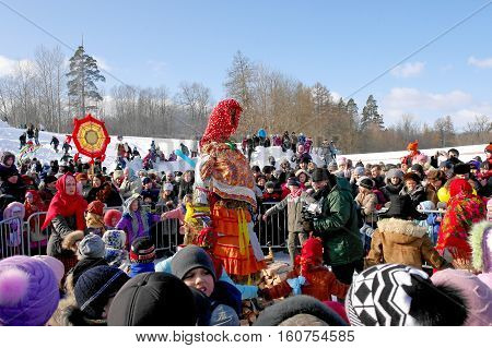 Gatchina, Leningrad region, Russia - March 5, 2011: Maslenitsa. a traditional spring holiday at the Russian peoples. Last preparations before the burning of the Maslenitsa doll.