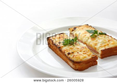 Croque monsieur,Ham and cheese sandwich