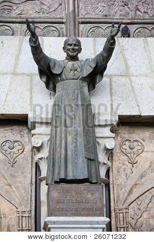 Statue of Pope John Paul II in Ecuador (Basilica del Voto Nacional in Quito, Ecuador)