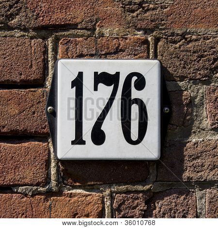 Nr. 176