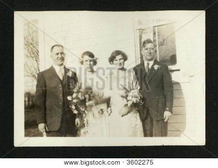 Vintage Family Photo Early 1910S