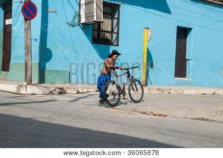 Life in urban Cuba.