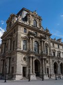 pic of mona lisa  - The Pavillon Mollien at the Musee du Louvre in Paris - JPG