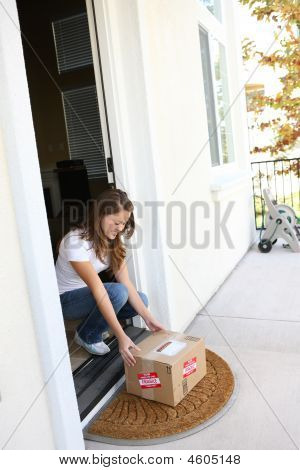 Pretty Woman Getting Delivery