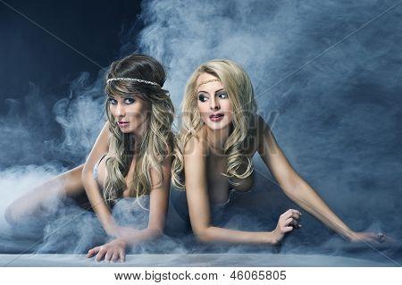 Duas mulheres como sirene