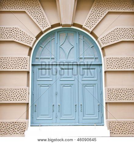 Blue light window