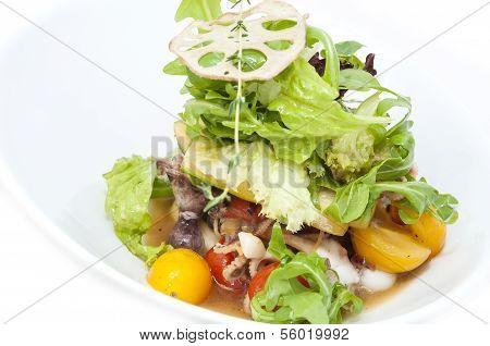 vegetable salad and seafood
