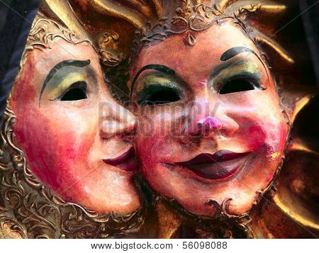 Mask Couple