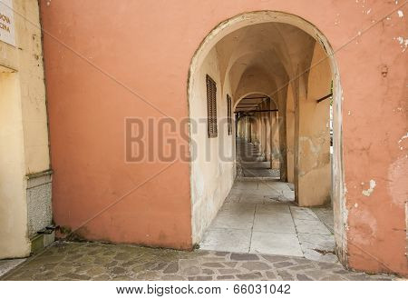 Arched walkway Treviso, Italy