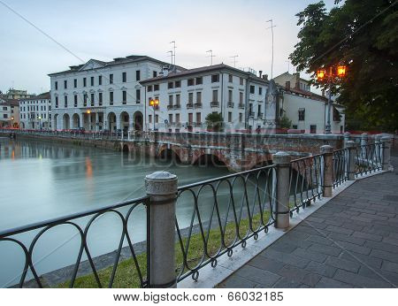 Ponte Dante, Treviso at Night