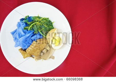 Blue Rice Noodle Gravy Vegetarian Red Background