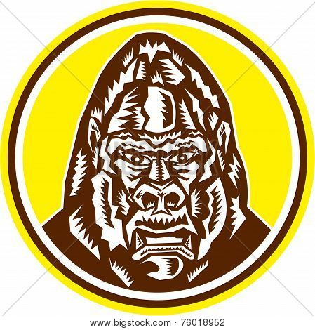 Angry Gorilla Head Circle Woodcut Retro