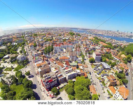 Divanyolu and Yerebatan Streets