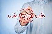 foto of partnership  - Win - JPG