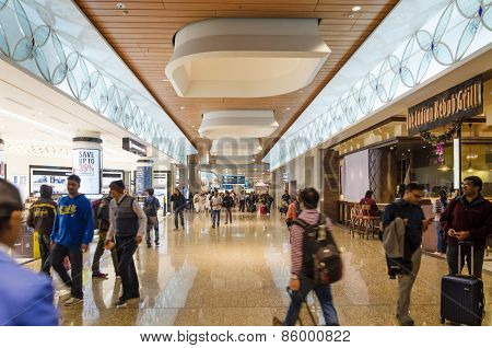 Mumbai, India - December25, 2014: Tourist Shopping At Duty Free Zone In Chhatrapati Shivaji Internat