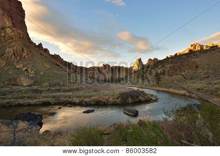 Smith Rock And Crooked River At Sunset