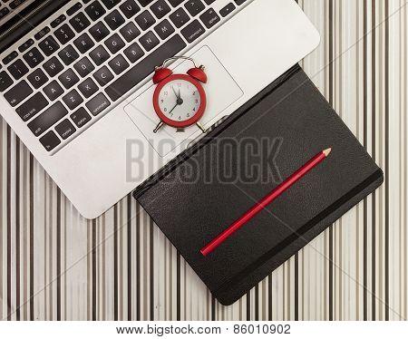 Laptop And Orginizer