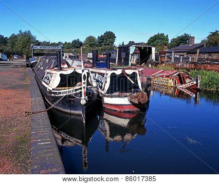 Narrowboats, Dudley.