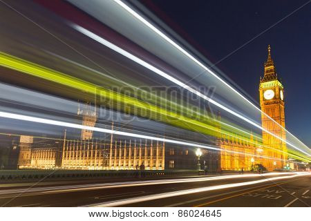 A night over Westminster Abbey and Elizabeth Tower