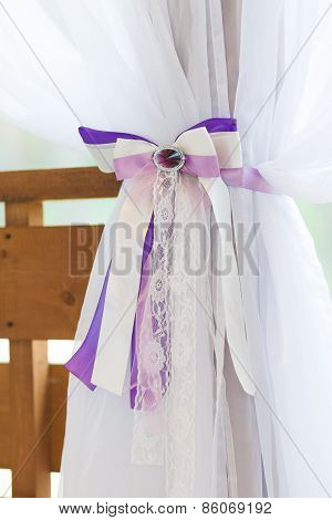 Curtain With A Bow Tieback