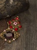 picture of brooch  - vintage brooches - JPG