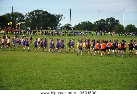 Minnesota High School Girls Start The Roy Griak Invitational Cross Country Race