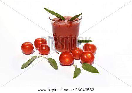 Tomato Juice With Cherry Tomatoes