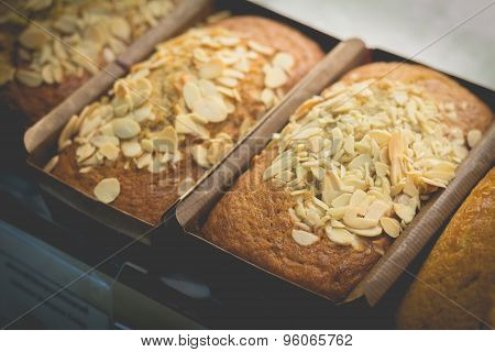 Muffin And Almond Sliced