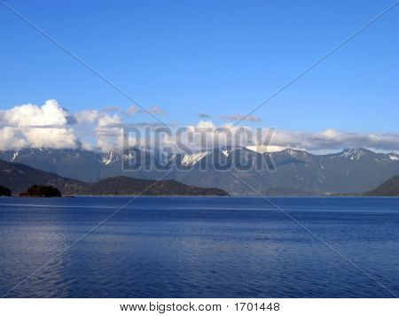Gibsons Ocean Mountain View