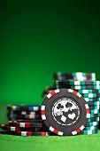 Постер, плакат: азартные игры фишки с копией пространства