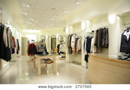 Women`S Upper Clothes In Shop