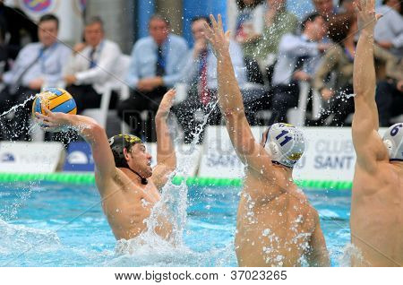 BARCELONA - FEB 19: Spanish waterpolo player Oscar Carillo of CN Sabadell in action during the Spanish kings cup Final match in Sant Andreu swimming pool, February 19, 2012 in Barcelona, Spain