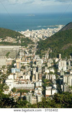 Rio De Janeiro\'S Unique Landscape Mixing City, Mountains, Ocean And Lakes