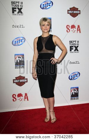 LOS ANGELES - SEP 8:  Sarah Jones arrives at the