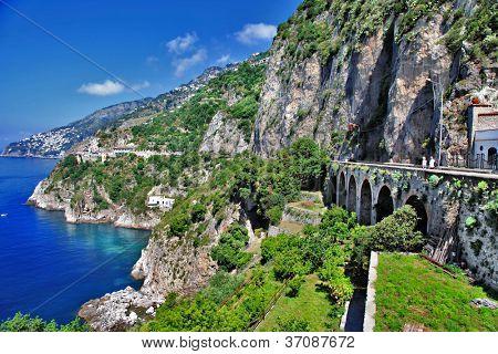 stunning view of Amalfi coast