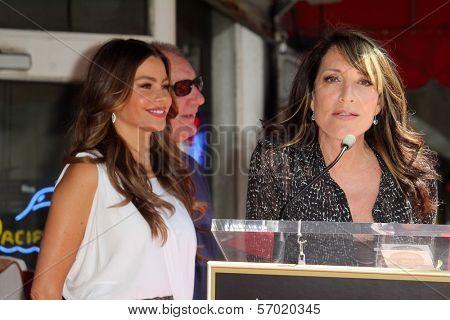 Sofia Vergara, Ed O'Neill, Katy Segal at the Ed O'Neill Hollywood Walk Of Fame Induction Ceremony, Hollywood, CA. 08-30-11