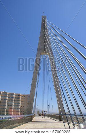 suspended pedestrian bridge