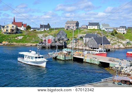 Typical fisherman town in Peggy's Cove