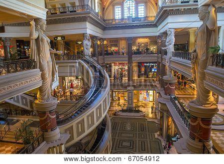 Las Vegas , Forum