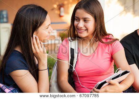 Best Friends Listening To Music
