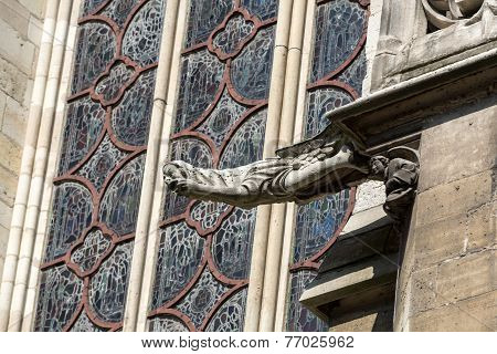 Paris - The gargoyles on the south side wall of the Saint Chapelle