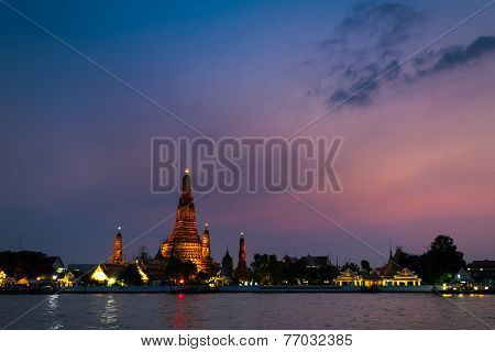 Wat Arun Shot From Across Chaopraya River