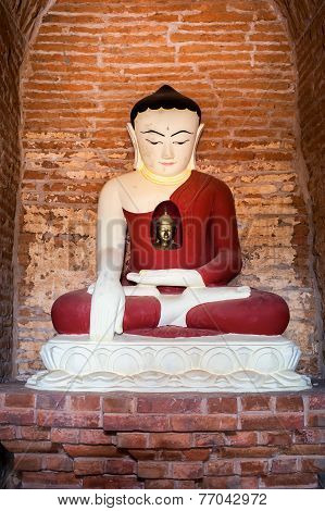 Buddha Statue Inside Seinnyet Ama Pagoda Ruins. Ancient Architecture Of Old Buddhist Temples At Baga