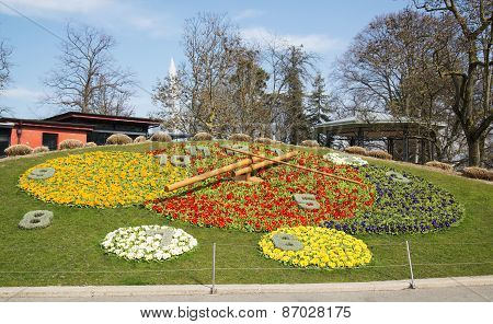 Famous flower clock