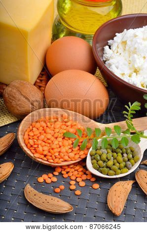 Protein Food : Eggs, Almonds, Lentils, Cheese, Walnut, And Curd