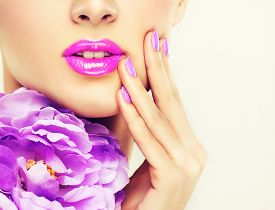 pic of lip  - Luxury fashion style - JPG