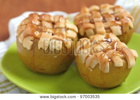 Baked apple