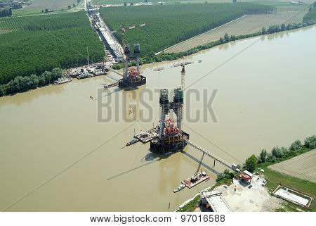 Bridge under construction oriz